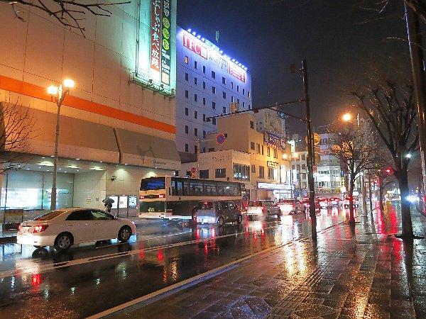 雨がそぼ降る夜の宇都宮