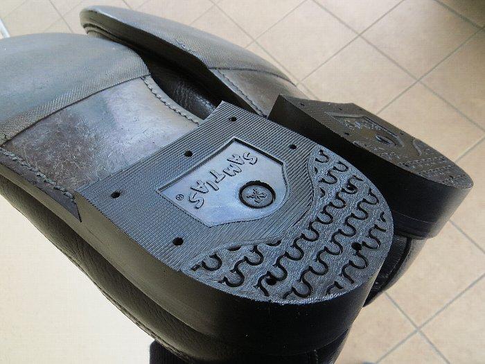 革靴のヒール交換