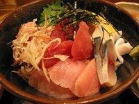 和食かみやまのランチ「海鮮丼」