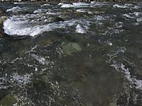 川俣湖上流の鬼怒川