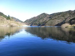 東古屋湖上流部
