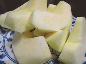 台風で落ちてしまったリンゴ(陽光)