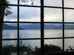 イタリア大使館別荘から見た中禅寺湖
