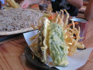 そば処久我の野菜天ぷら
