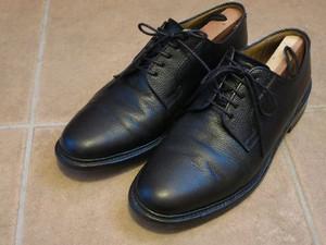 革靴磨き初め
