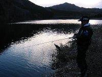 よっしー・長男・東古屋湖にて