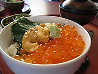 松島・さんとり茶屋のウニいくら丼