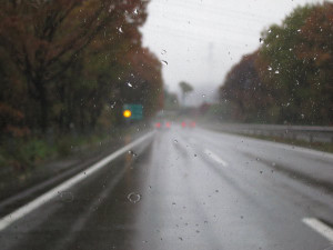 雨の日光宇都宮道路